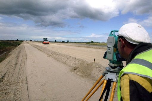 начало строительства дорог